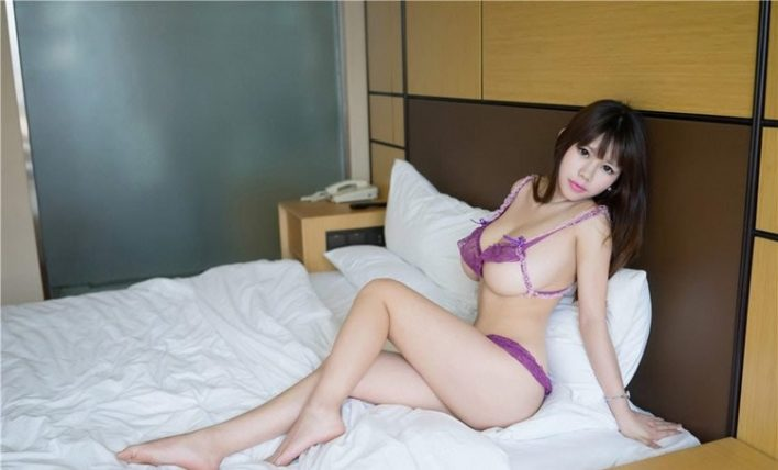Get a japanese happy ending massage in west minster with chantel-min